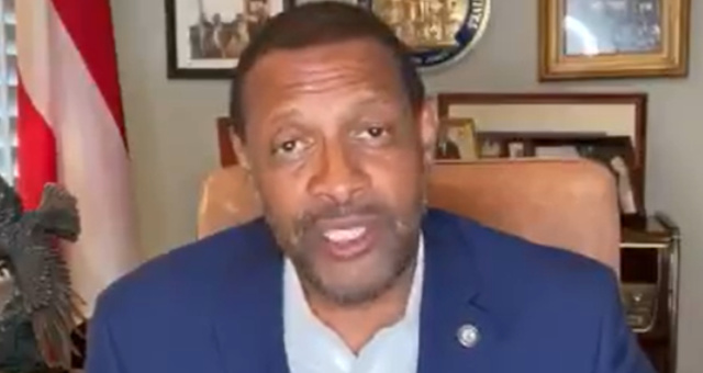 Pro-Trump Black Democrat REFUSES To Resign, Takes Dem Machine To The Mat!