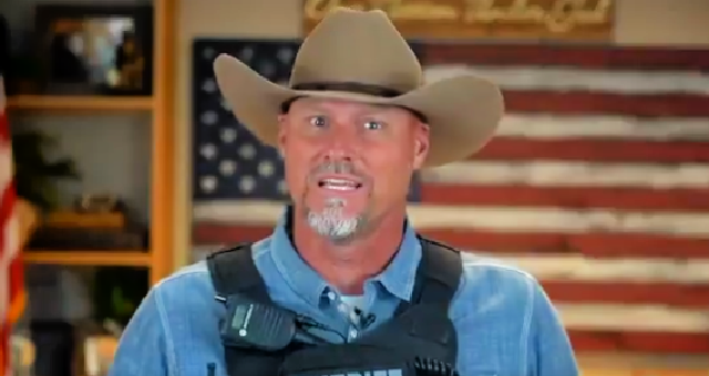 "BREAKING: Patriotic Sheriff Forms ""Citizens Posse"" Allowing Citizens To Be Deputized To Fight Civil Unrest And Every Sheriff Should Do This NOW"